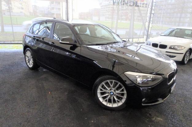 BMW 125i Automatic 499635 schwarz (3)