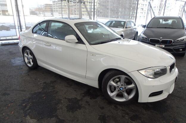 BMW 1er Reihe E82 Coupé 135i M04323 weiss (3)