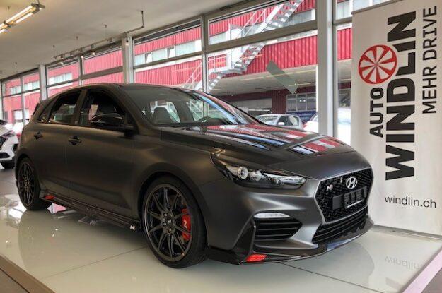 Fronansicht Probefahrt Hyundai i30 N Project C bei der J. Windlin AG
