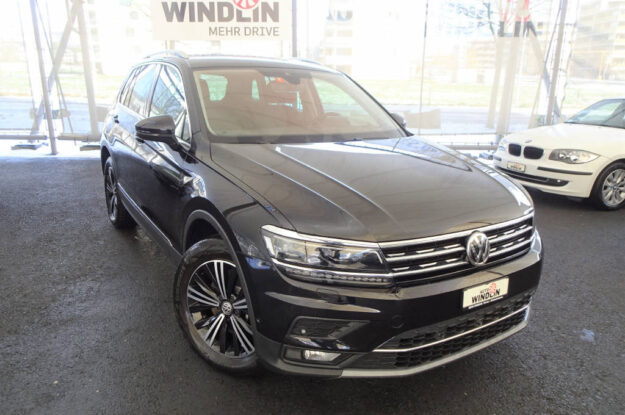 VW Tiguan 2.0 TSI Highline DSG 4Motion 868071 schwarz (1)